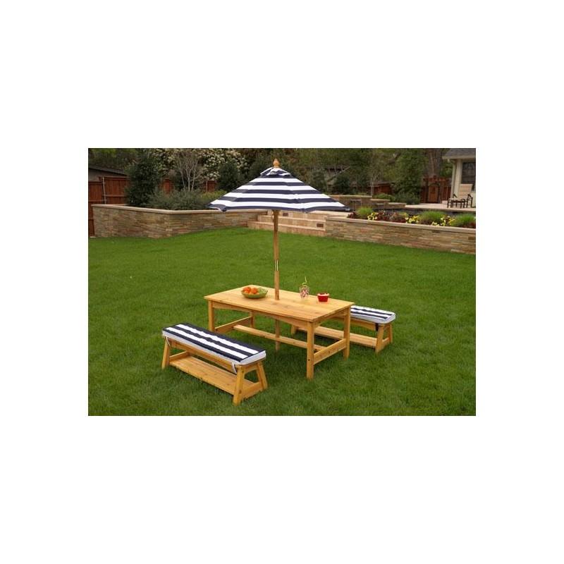 table d 39 ext rieur pour enfant avec ses deux bancs et son parasol. Black Bedroom Furniture Sets. Home Design Ideas