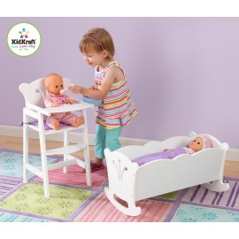 Chaise haute blanche pour poupée en bois