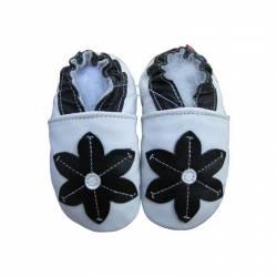 Chaussons en cuir blanc fleur noire
