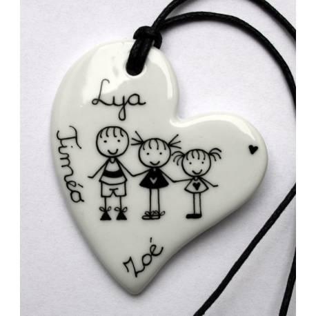 Bijou pendentif personnalisé coeur 3 personnages
