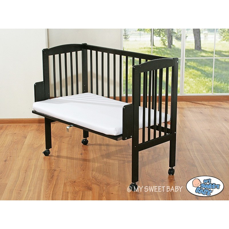 lit cododo brun pour b b lit pour enfant avec matelas. Black Bedroom Furniture Sets. Home Design Ideas