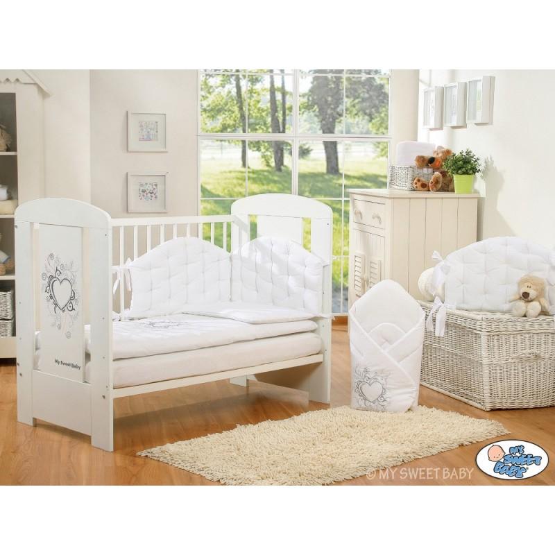 lit pour b b collection chic avec sa parure blanche lit enfant avec parure On lit enfant chic