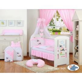 Lit et parure de lit bébé âne rose