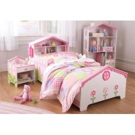 Lit pour bébé et fant maison de poupée