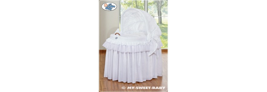 berceau avec jupe pour bebe mobilier chambre enfant With chambre bébé design avec jupe longue imprimée fleur
